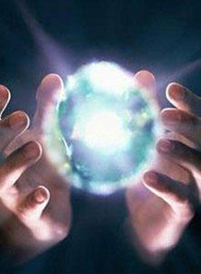 شارژ انرژی بدن توسط دستان