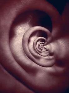 شنیدن صدای سوت یا زنگ در گوش هنگام مدیتیشن